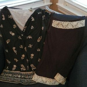 V-Neck shirt / Tank Top Trimmed in Lace